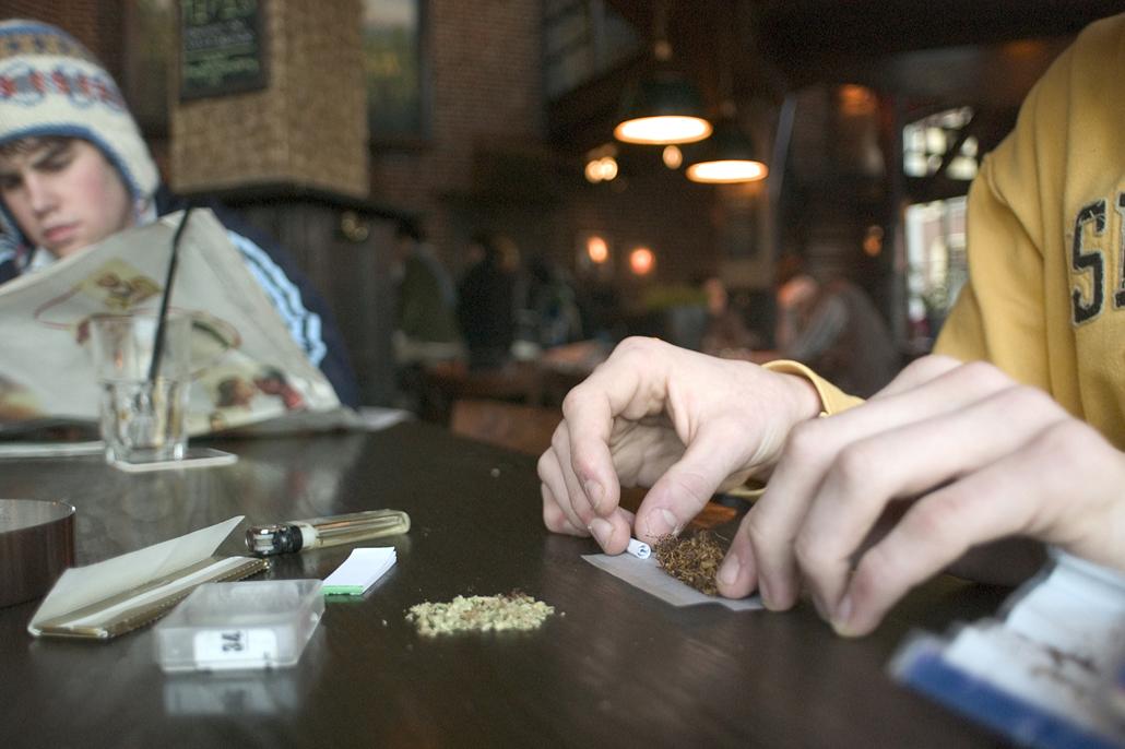 Vijf fabels (en de waarheid) over cannabis
